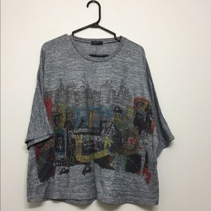 Tops - Oversized abstract art graphic t shirt Sz S